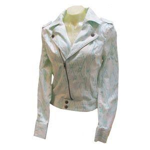 Mudd denim jacket NWT Juniors size large.